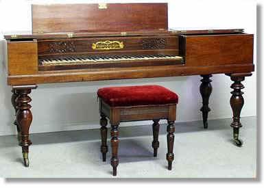 pianoforte_a_tavolo
